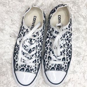 Rare leopard black and white leopard Converse